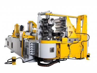 Schwarze Robitec Rohrbiegemaschine mit CNC Steuerung